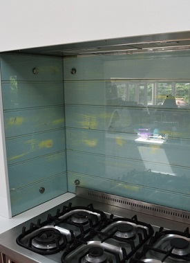 DIY Glass Splashbacks
